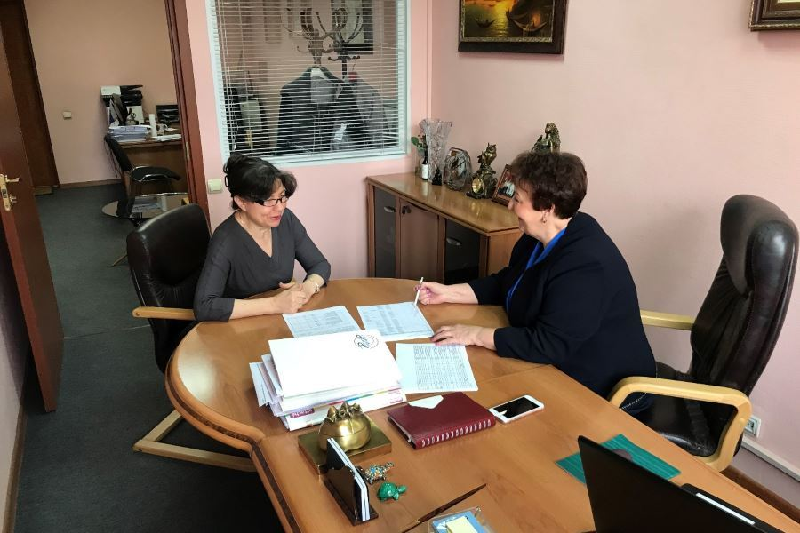 Услуги по бухгалтерскому обслуживанию ООО «ЭФС»